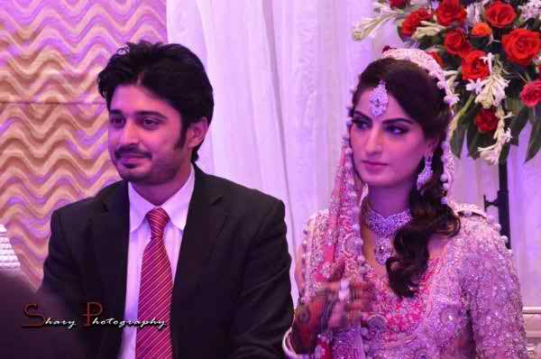 As On 20th October 2013 She Got Knotted Into The Relationship Of Marriage With Babar Khan Is Also Associated Field Acting