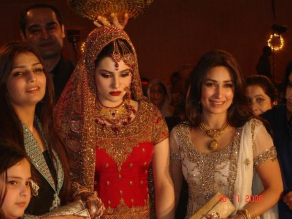 Actress-Reema-Khan's-Sister-Wedding-Unseen-Pictures-11