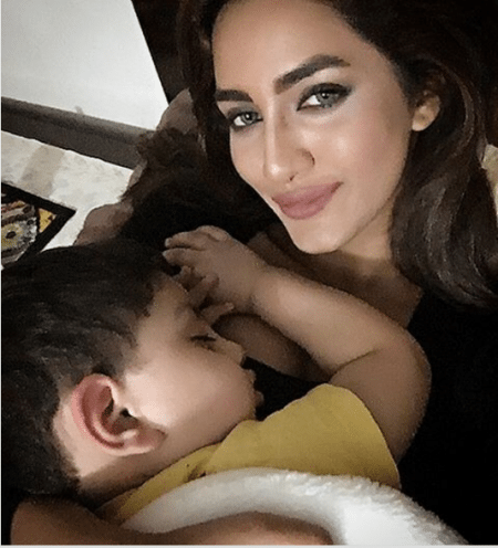 Latest Pics Of Mathira With Her Husband And Beautiful Son