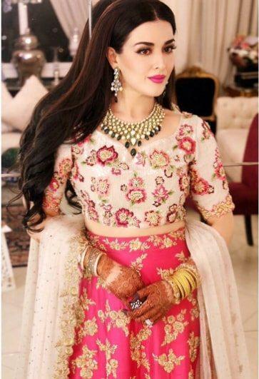 Beautiful Natasha Kahlid Dholki Pictures Pakistani Drama