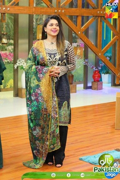 Beautiful Clicks of Beauties Sanam Jung & Ayesha Khan at ...