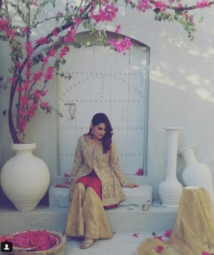 Gorgeous Minal Khan On Set Of Her Upcoming Shoot