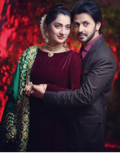 Pakistani couple celebrating 1st anniversary from karachi