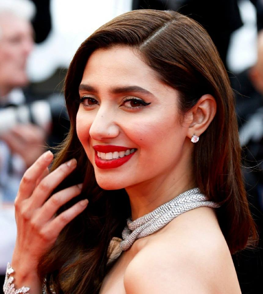 Gorgeous Mahira Khan Walked The Red Carpet At Cannes
