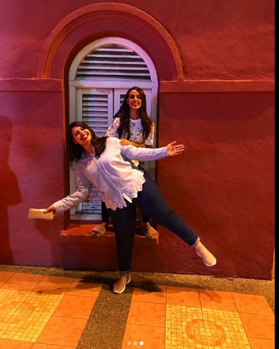 Contact US >> Beautiful Clicks of Iqra Aziz with her Sister Sidra Aziz ...