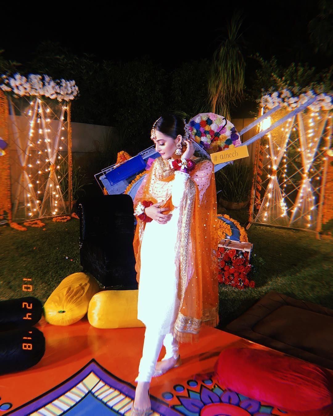 Aiman Khan Dholki Night Pictures & Videos | Pakistani ...