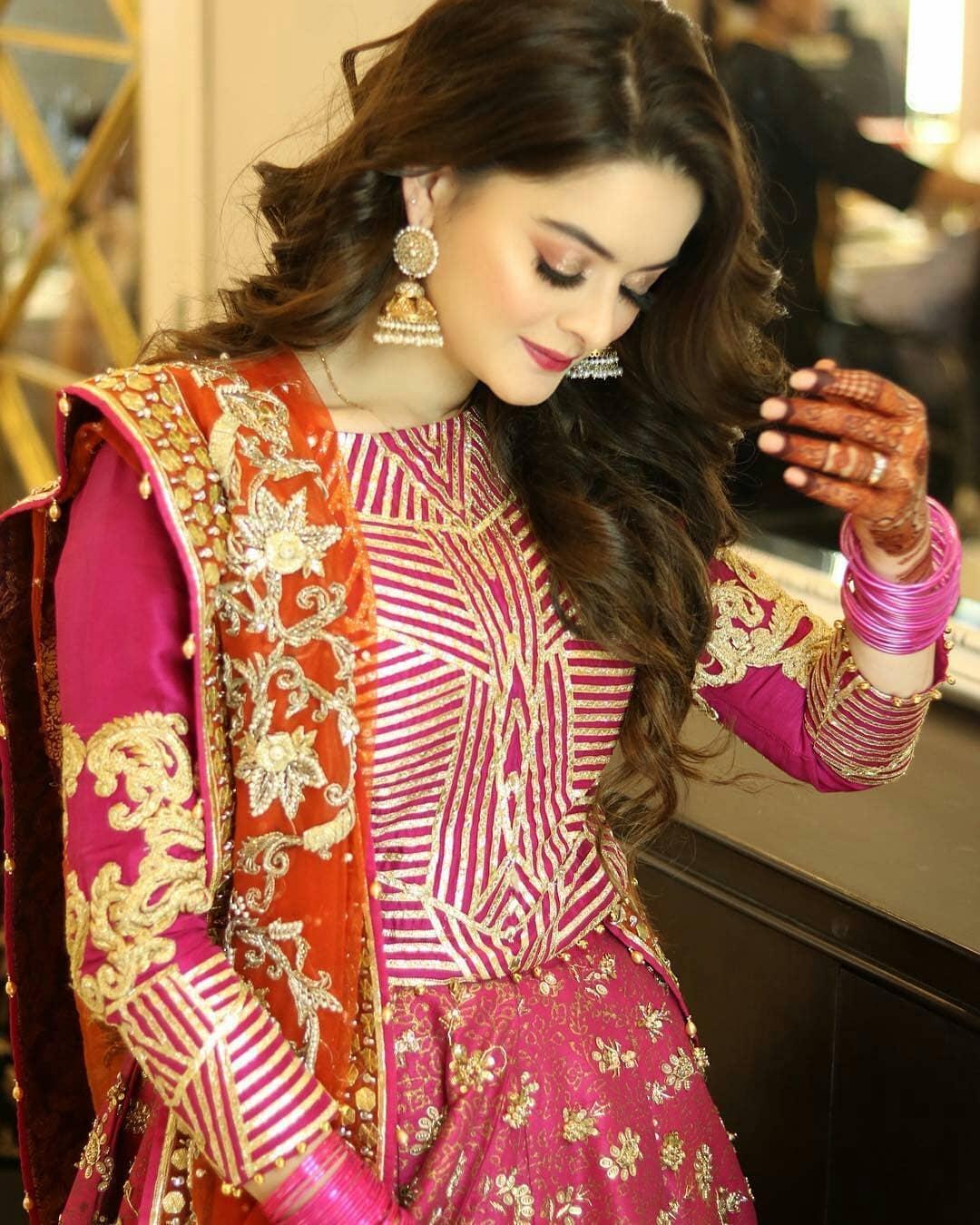 Beautiful Minal Khan a...