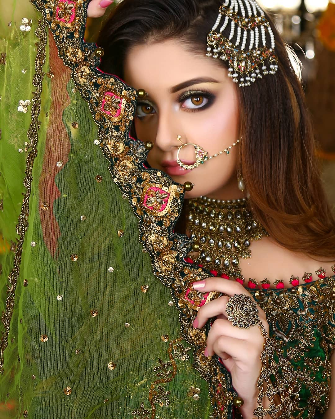 beautiful bridal photoshoot of alizeh shah for kashees
