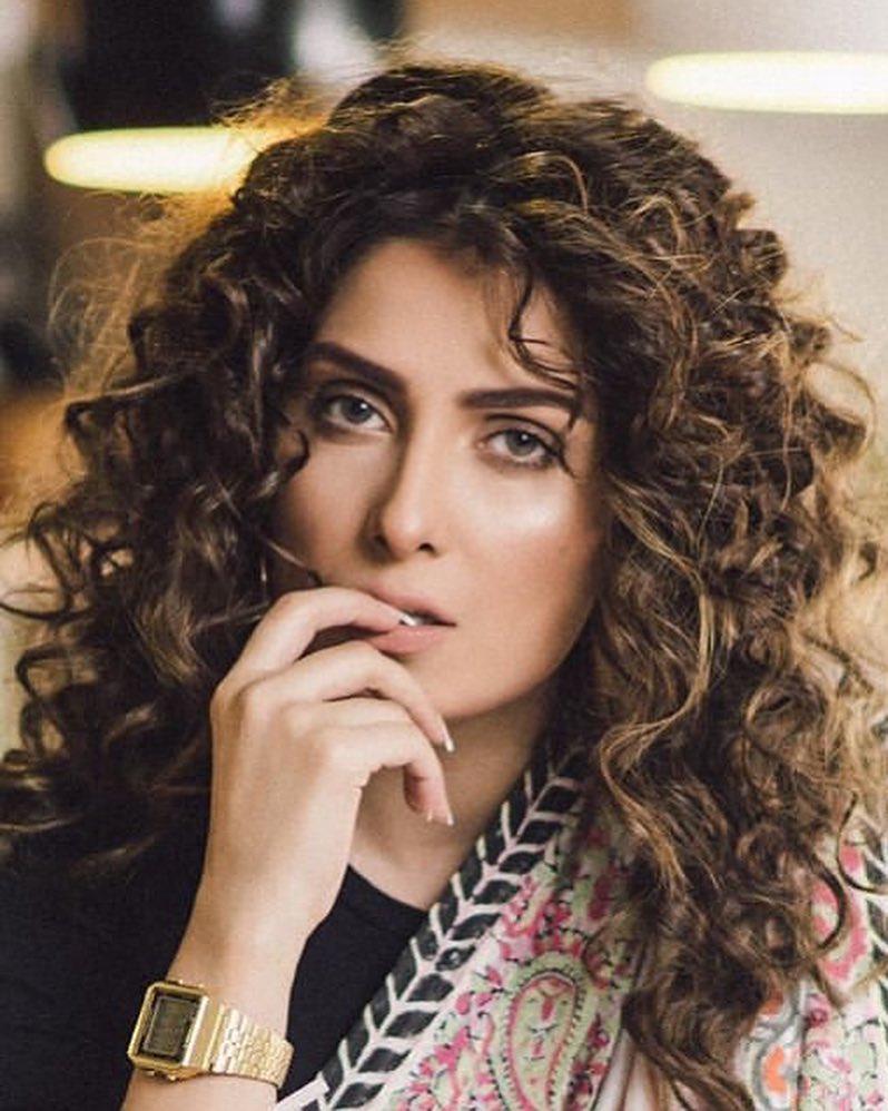 beautiful latest photoshoot of ayeza khan