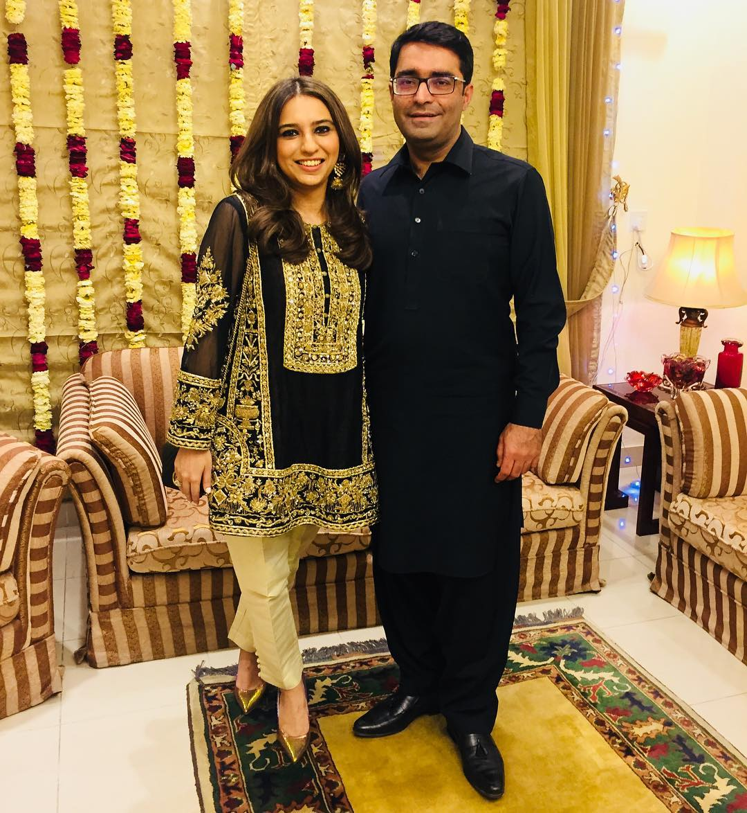Famous Anchor Maria Memon with her Husband in France ...