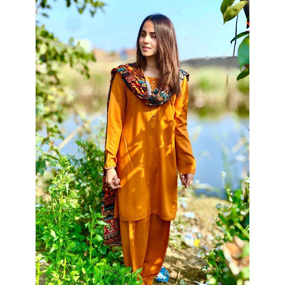 Beautiful Nimra Khan a...
