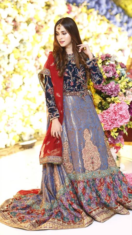 Beautiful Nimra Khan at a Wedding Event | Pakistani Drama