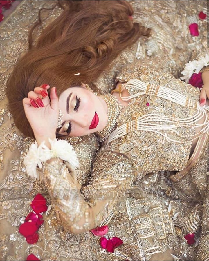 Privacy Policy >> Kinza Hashmi Looking Gorgeous in her Latest Bridal ...