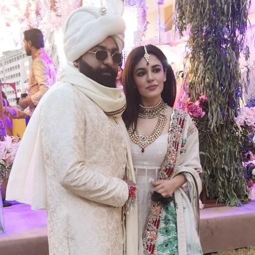 Famous Fashion Designer Ali Xeeshan Got Married Pakistani Drama Celebrities