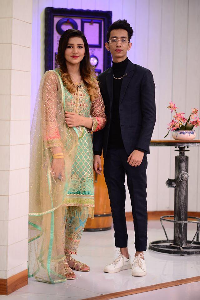 Famous Newly Married Teenage Couple in Nida Yasir Morning