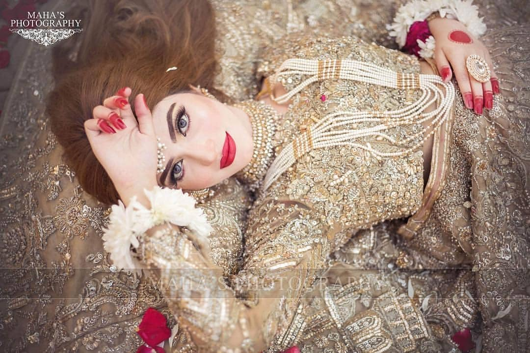 Privacy Policy >> Kinza Hashmi Looking Gorgeous in her Latest Bridal Photoshoot | Pakistani Drama Celebrities